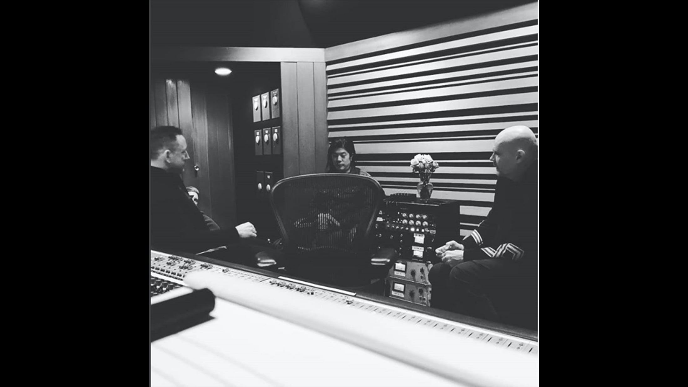 Original Smashing Pumpkins Members Pictured In The Studio Together