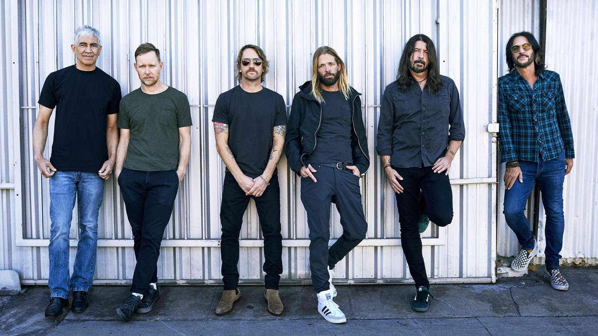 Dave Grohl discusses Foo Fighters' inclusion in the 2021 Rock & Roll Hall Of Fame — Kerrang!