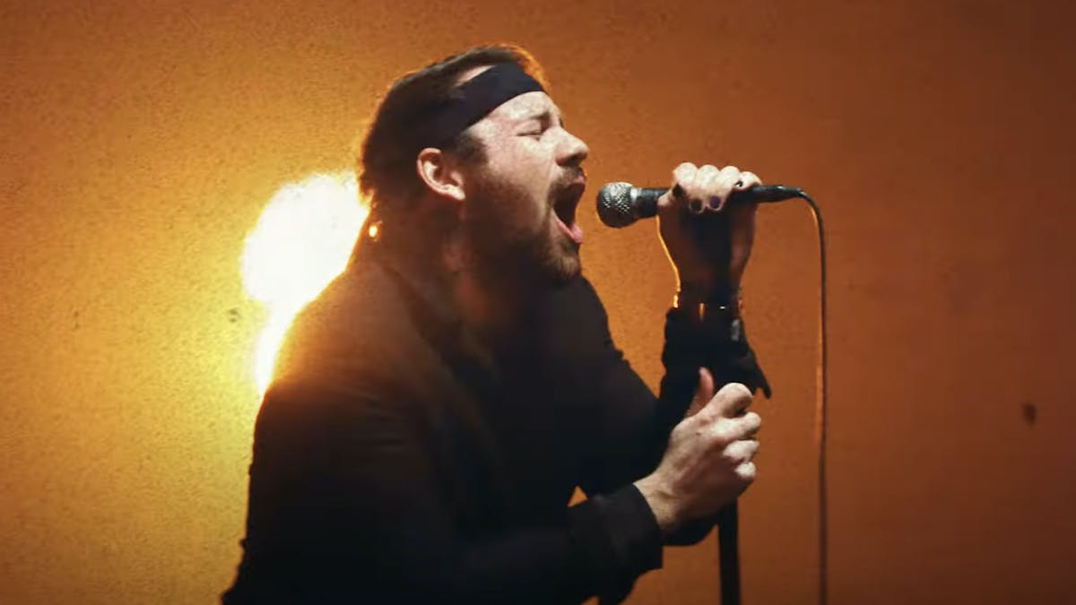 Beartooth announce fourth album Below; unleash new single/video, The Past Is Dead
