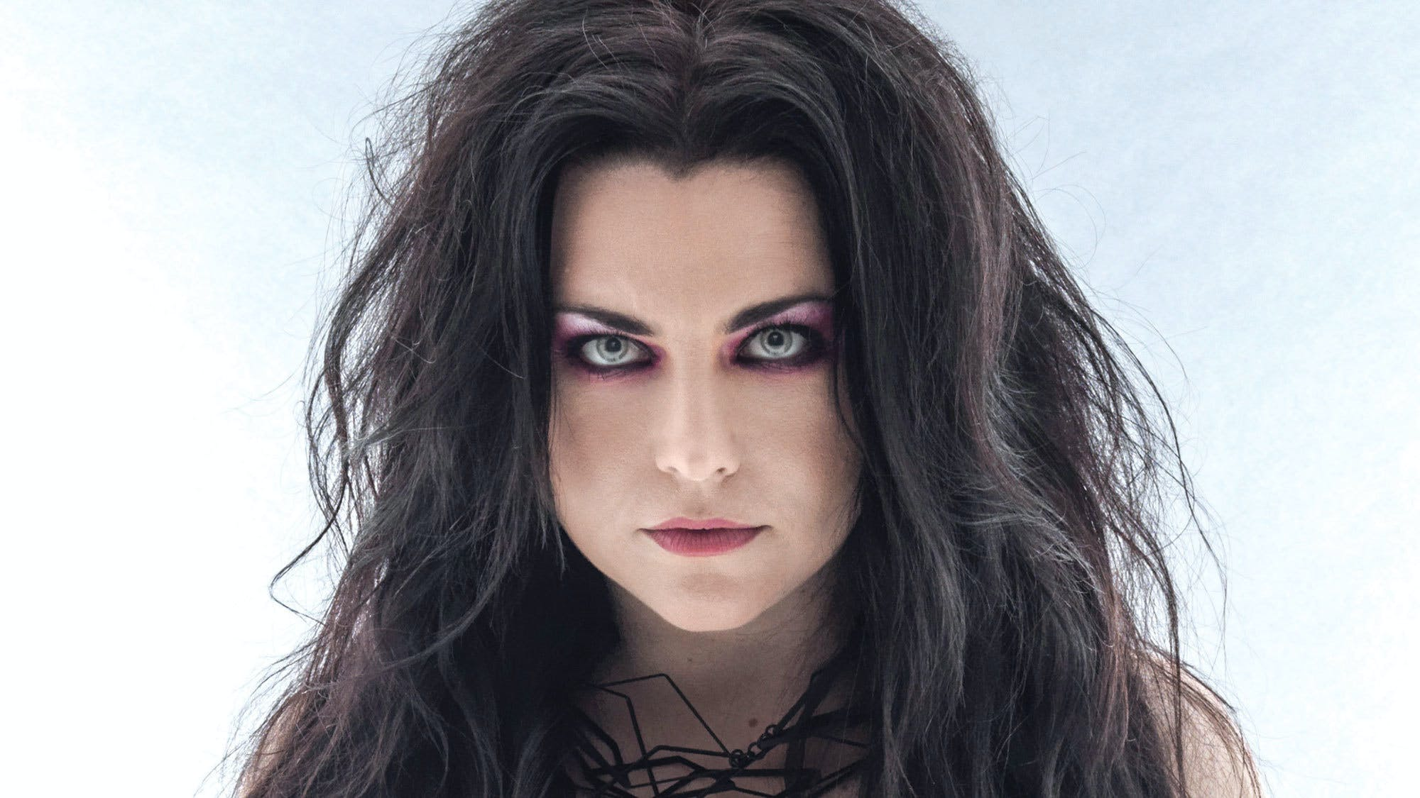 "Evanescence's Amy Lee: ""No Matter What Sex You Are, You Have To Stand Up For Yourself, Especially When It Comes To Art"""