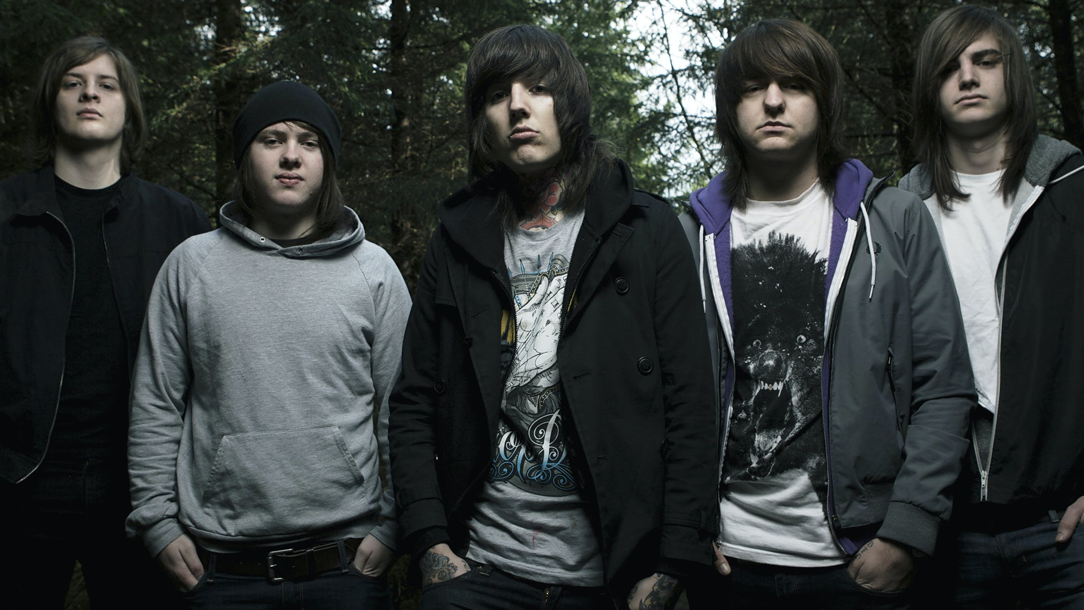 e729173bce2402 Watch Bring Me The Horizon Play A Medley Of Really Old Songs In Amsterdam