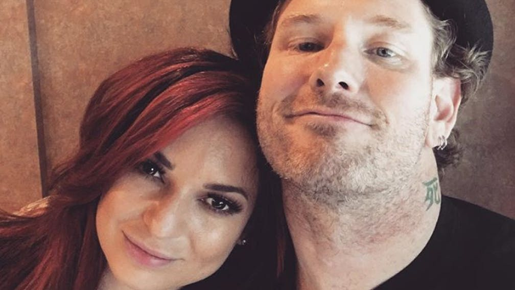 Corey Taylor Just Got Engaged To His Girlfriend Alicia Dove