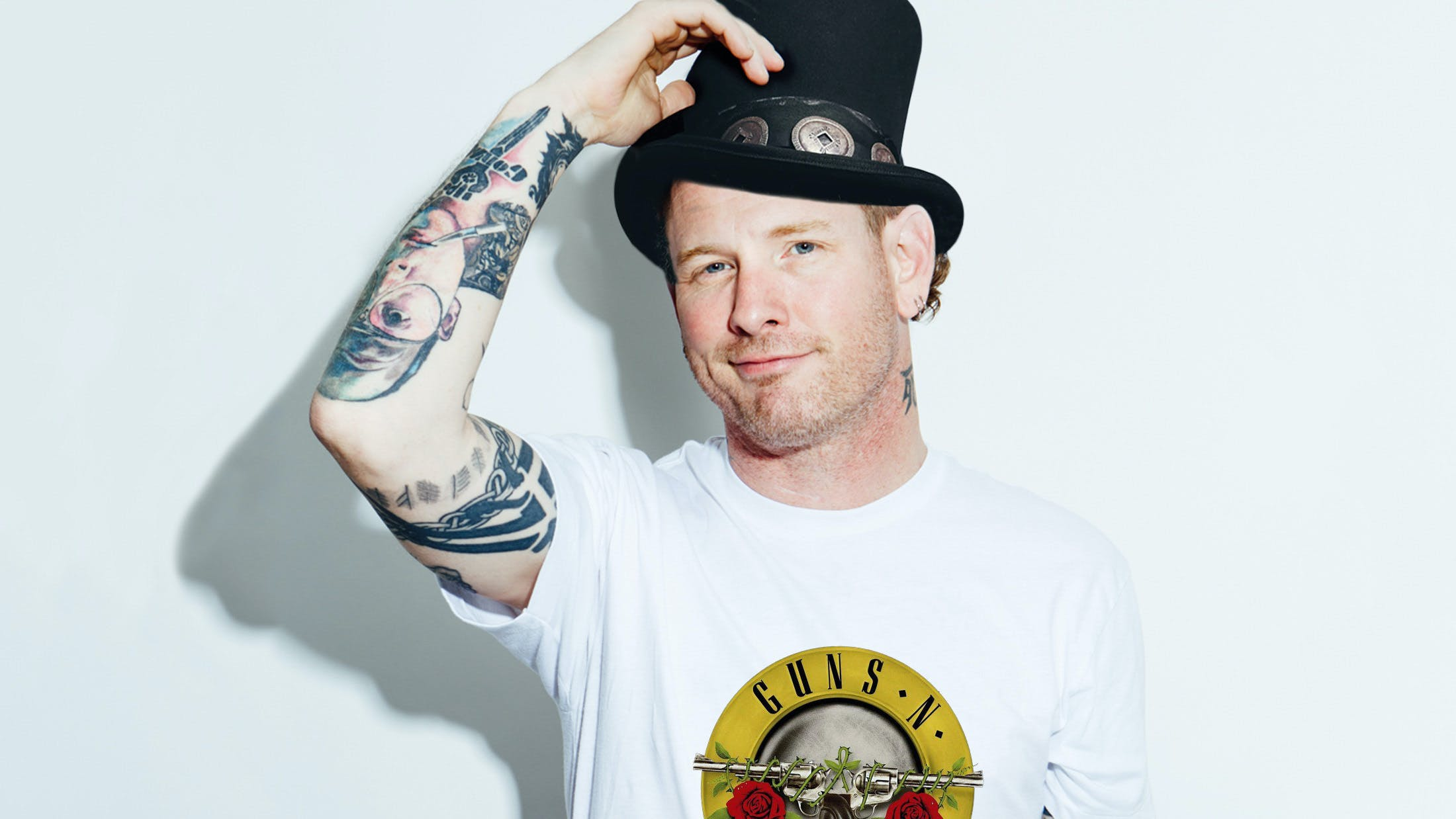 Corey Taylor in Slash's hat