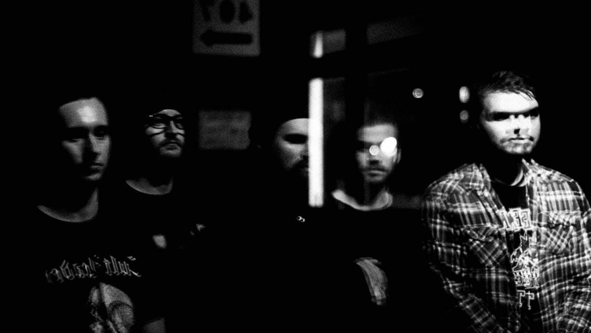 Exalt Bash Through Modern Metallic Hardcore With Ferocious New Single