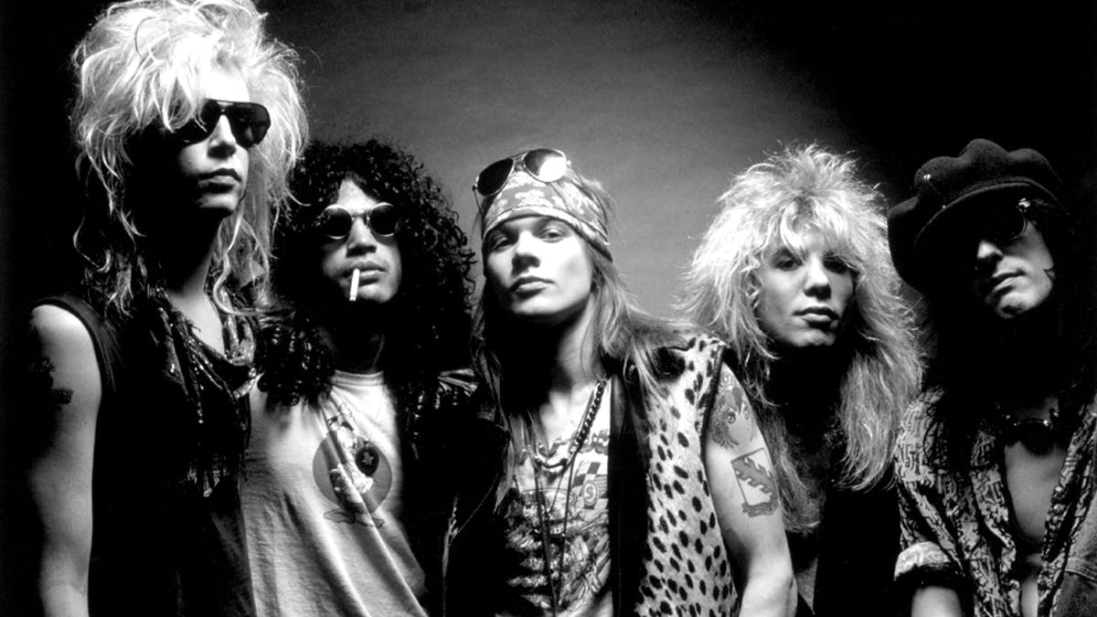 Here's Who Is Supporting Guns N' Roses On Their Fall Tour This Year