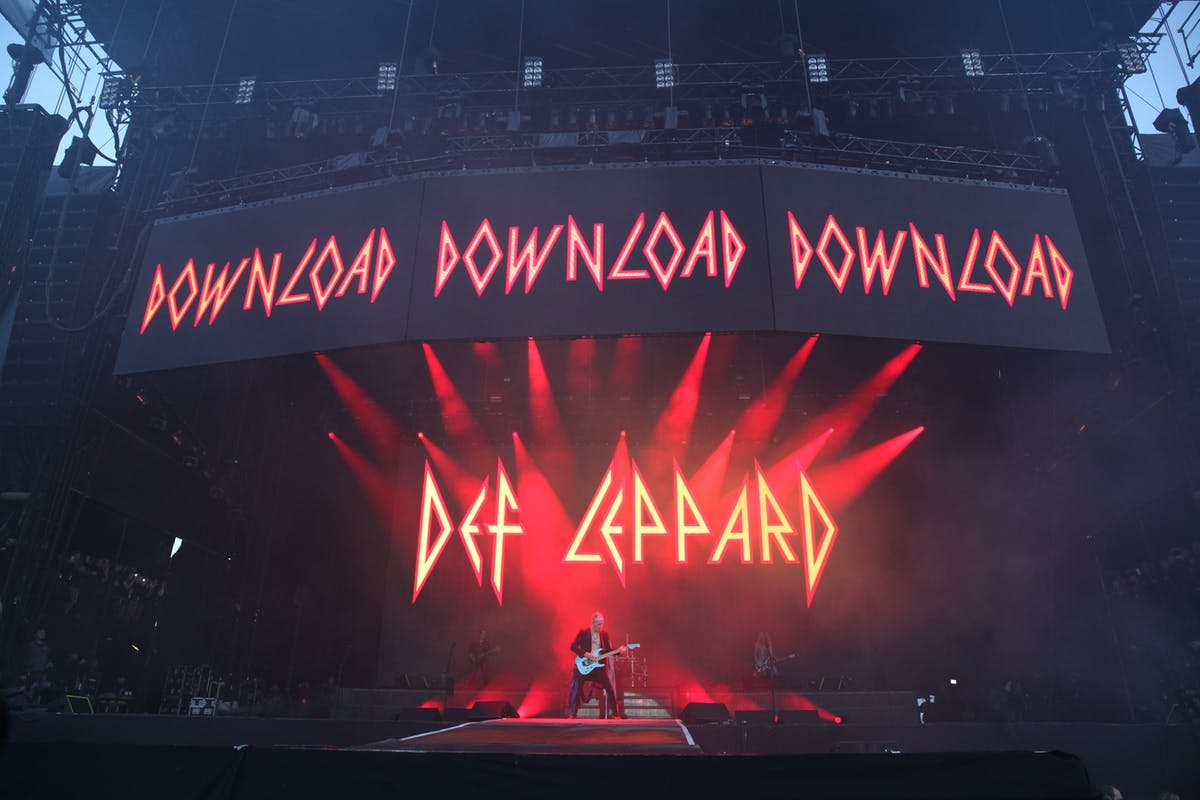 What Happened When Def Leppard Headlined Download 2019 ...