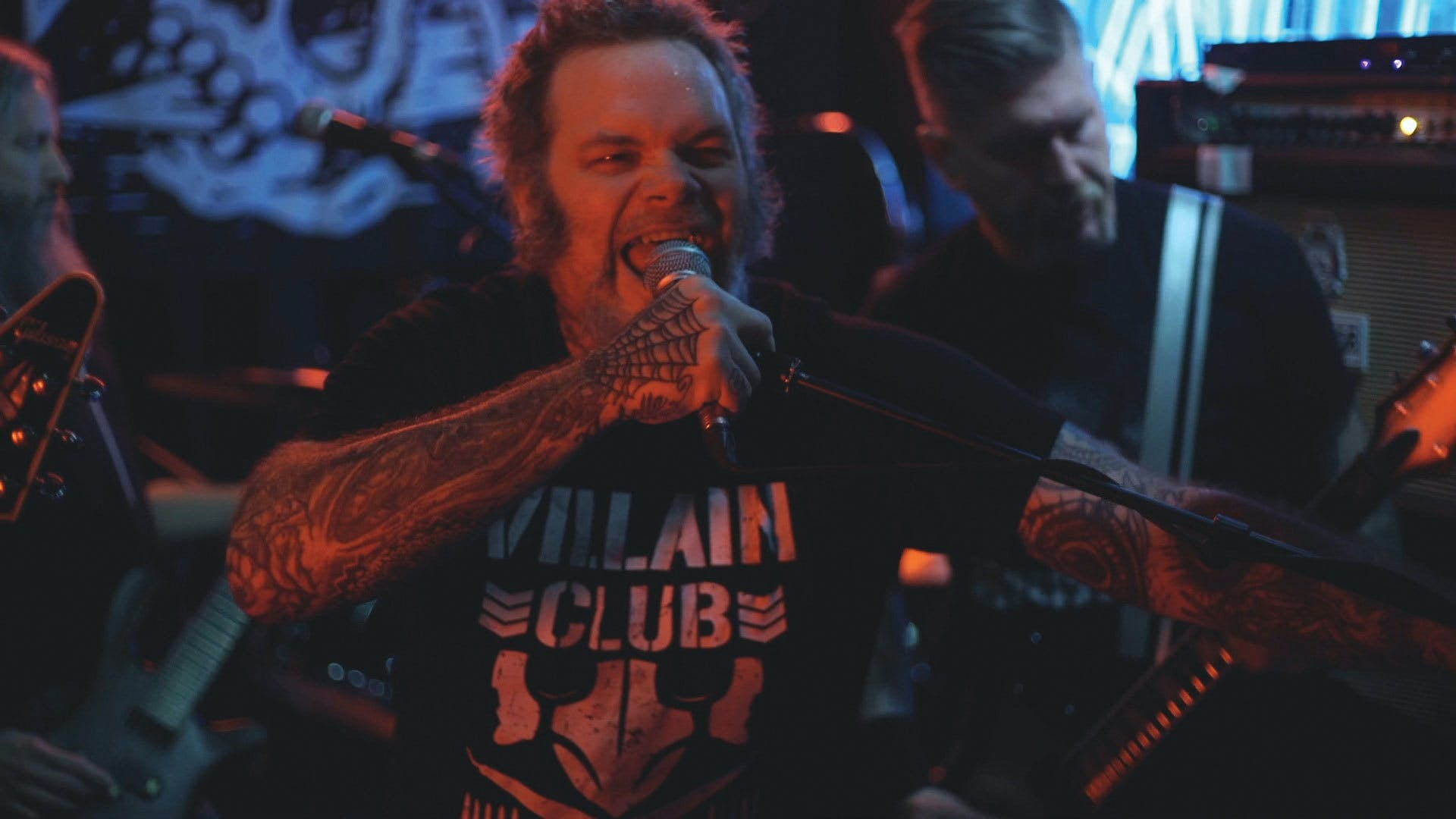 Tonight: Watch Mastodon And Scott Kelly Destroy A Tiny London Bar