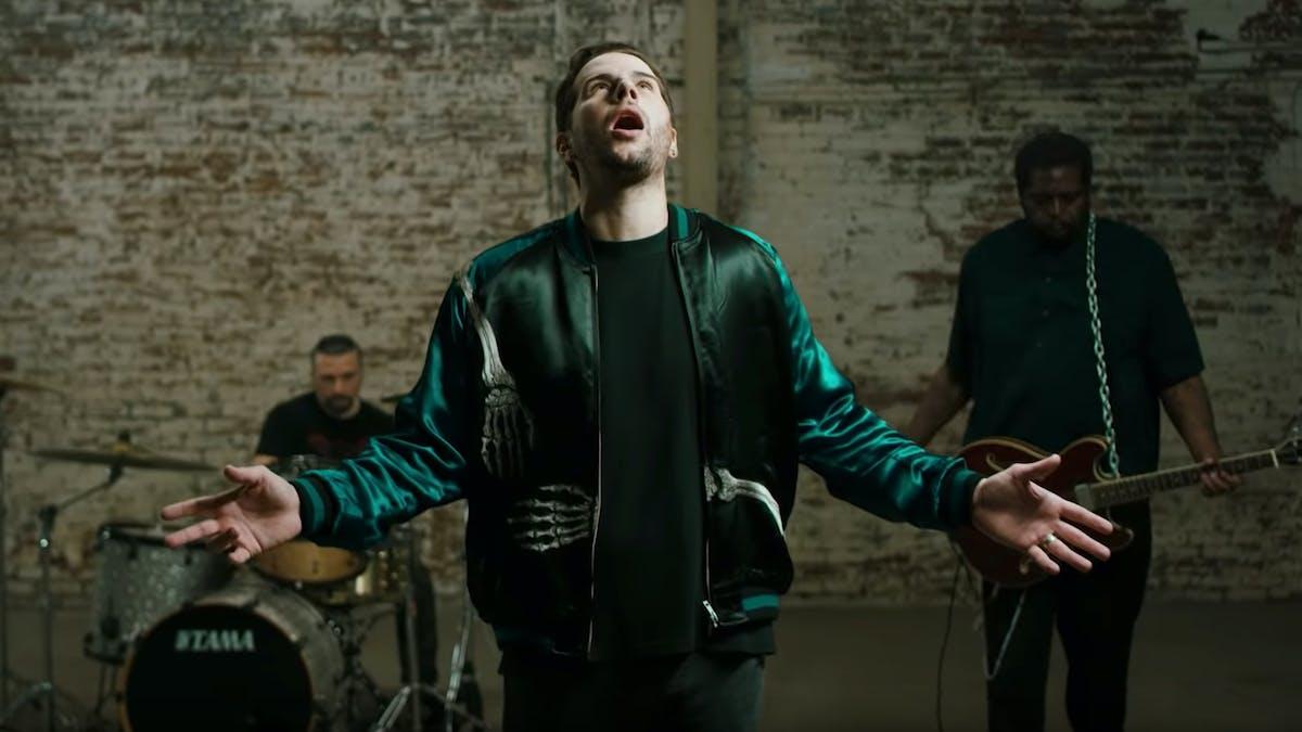 M Shadows, Tom Morello And John Dolmayan Cover Radiohead's Street Spirit