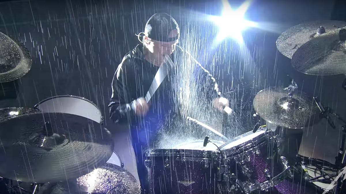 Watch A Drenched Metallica Perform Master Of Puppets In The Pouring Rain