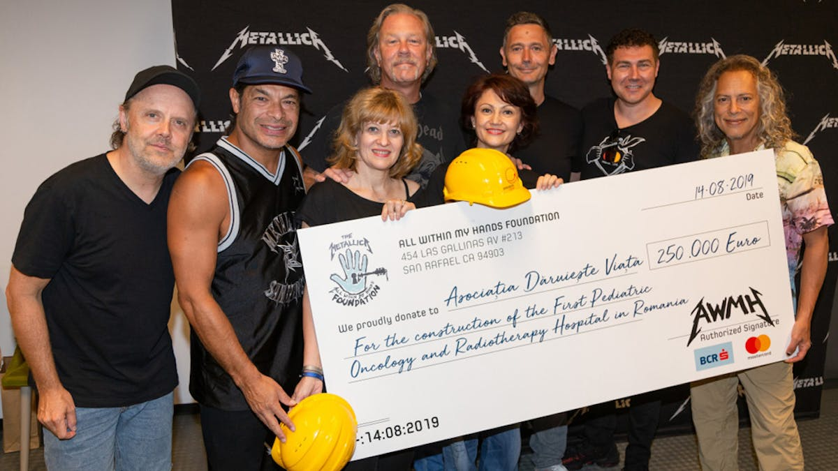 Metallica Donate €250,000 For Romanian Pediatric Oncology And Radiotherapy Hospital