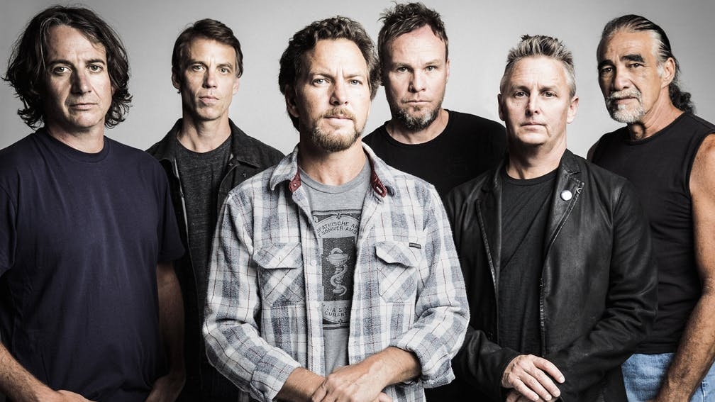 """Pearl Jam Are """"In The Middle"""" Of Writing A New Record"""