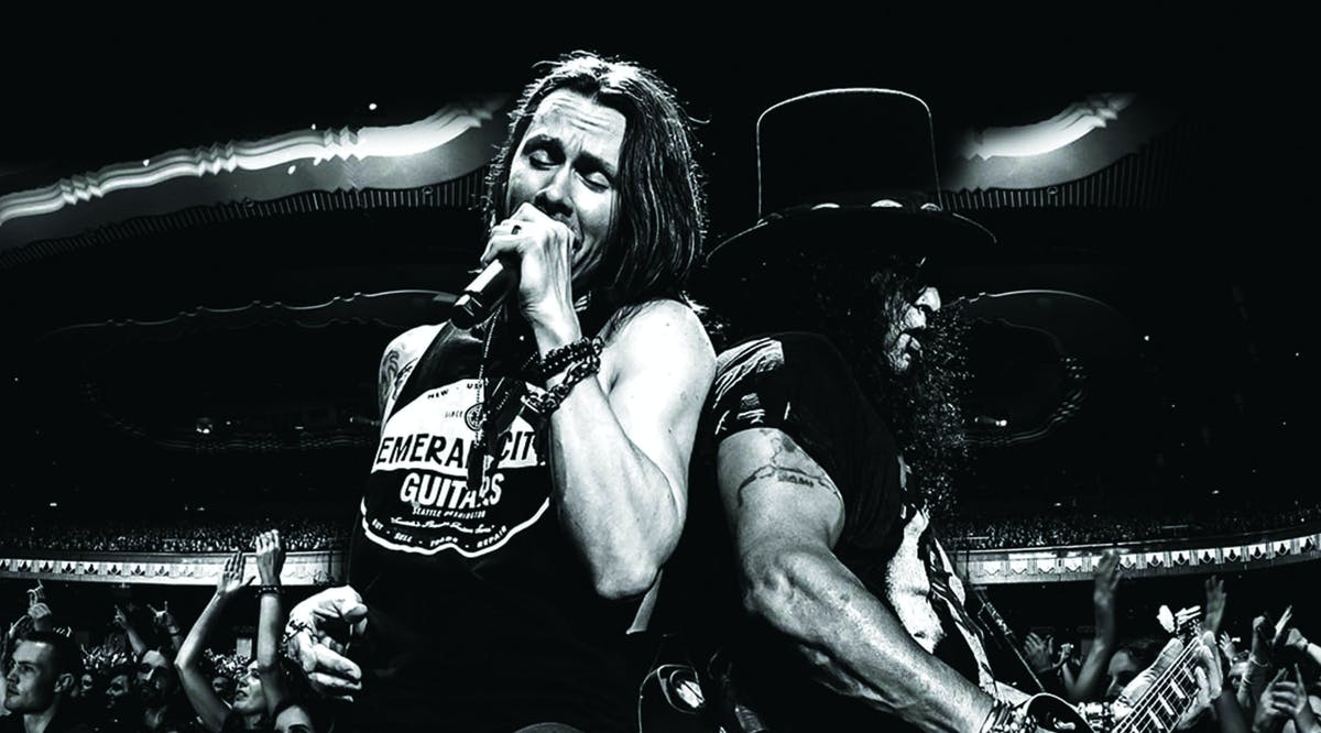 Album Review: Slash Ft. Myles Kennedy And The Conspirators – Living The Dream Tour