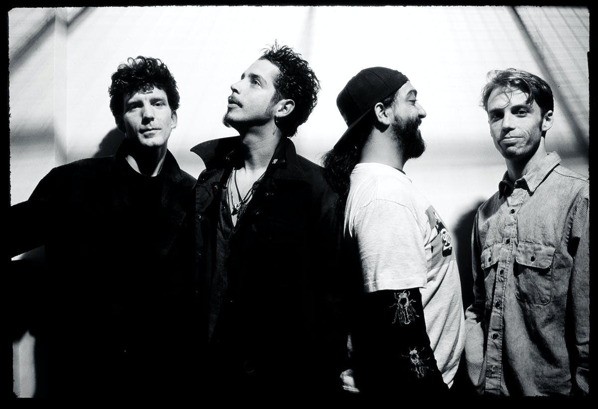 The Haunting, Traumatic Story Behind Soundgarden's Superunknown