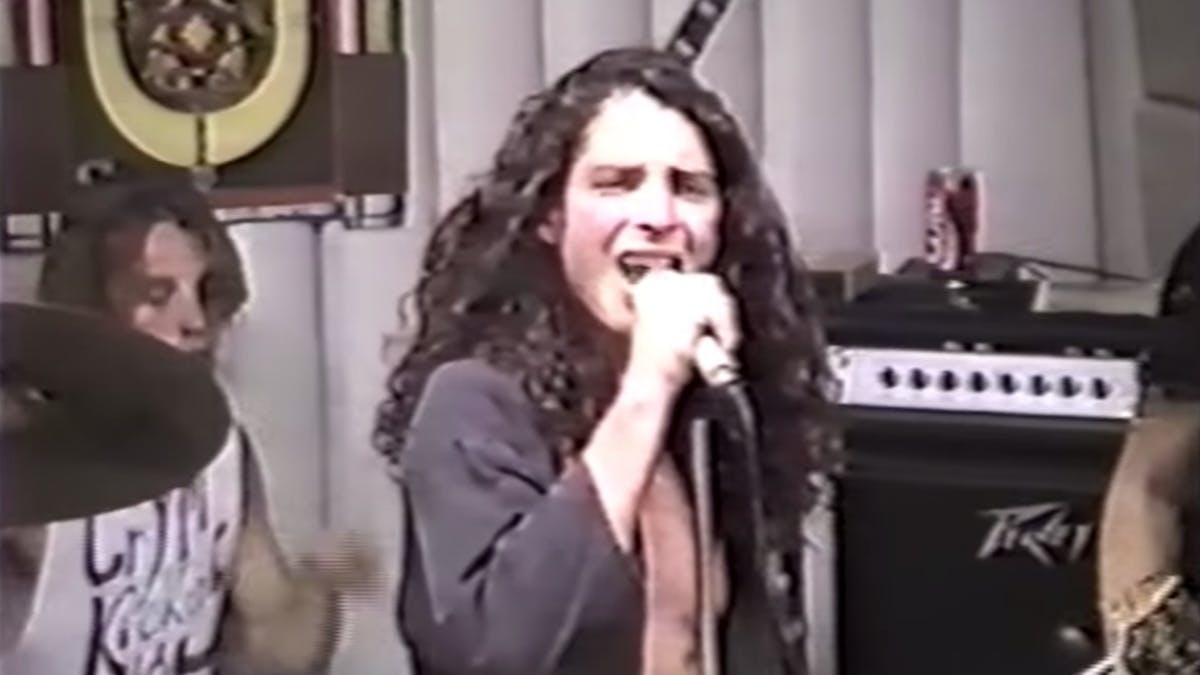 Watch Soundgarden Play A Record Store Show In 1989