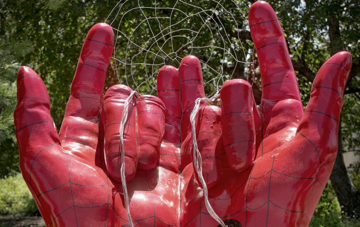 A Christian Woman Mistook Spider-Man's Hands For Devil Horns And Freaked Out