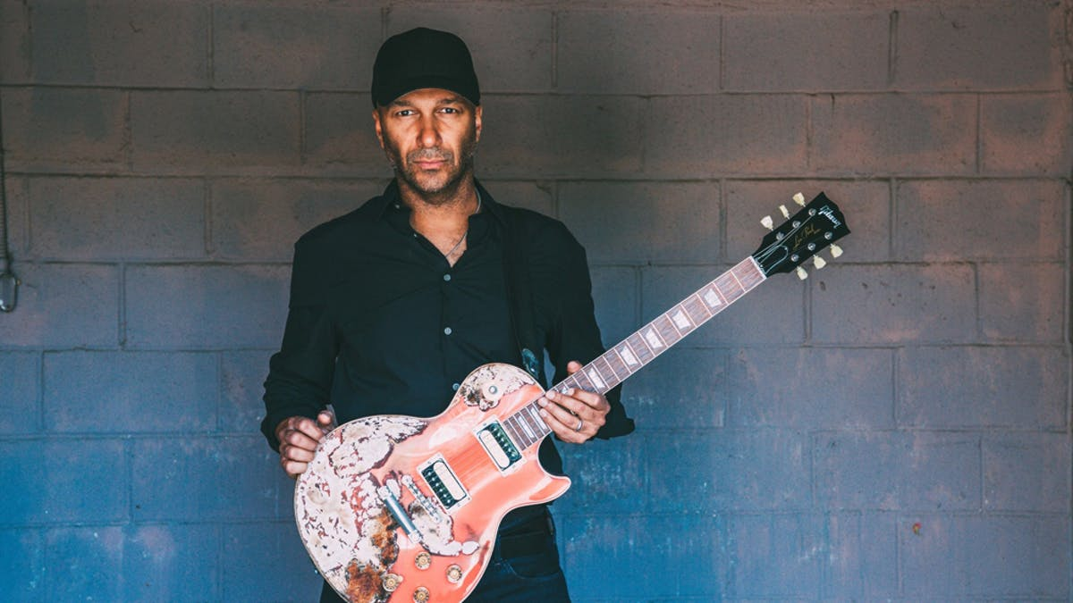 Tom Morello's Response To Cell Phone Toss Backlash Is Priceless