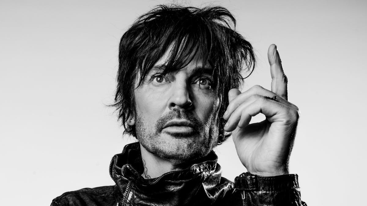 Mötley Crüe's Tommy Lee Releases Fred Durst-Directed Videos For Two New Singles — Kerrang!
