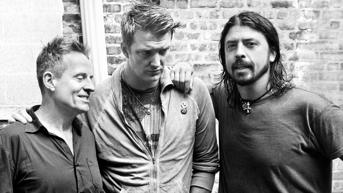 Dave Grohl Teases Them Crooked Vultures Return