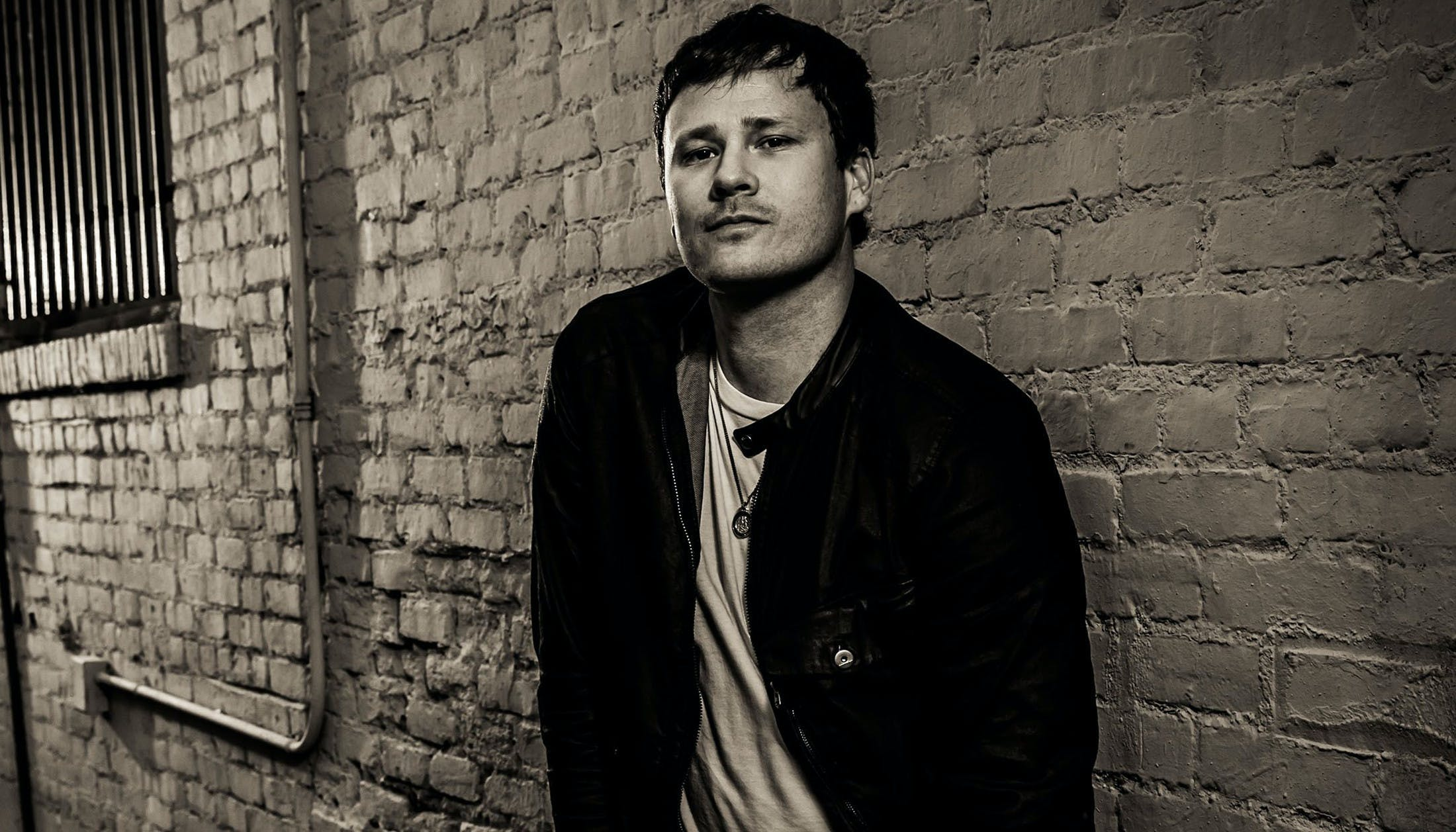 "Tom DeLonge Left blink-182 To ""Change The World For My Kids And Everybody Else's"""